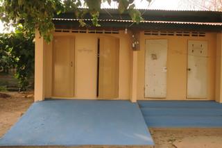 学校の新築校舎みたいにピッカピカ.JPG
